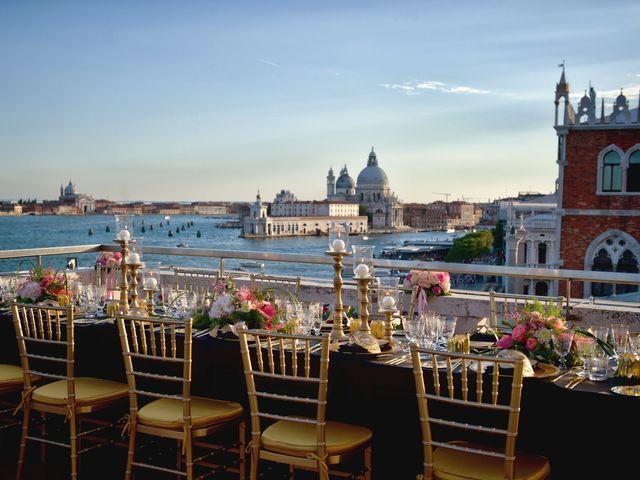 Nozze en plein air: scegliete il rooftop di un hotel per il ricevimento!
