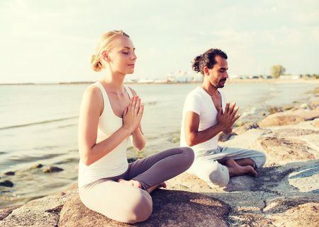 Nervosi prima delle nozze? Provate con lo yoga