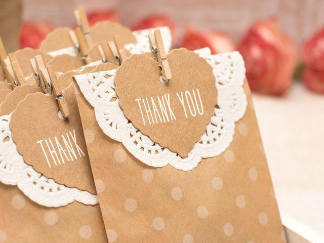 3 consigli per comporre una wedding bag fai da te