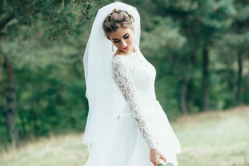 cea744d84865 Il primo passo per trovare l abito da sposa giusto consiste nell essere  consapevoli della propria fisicità