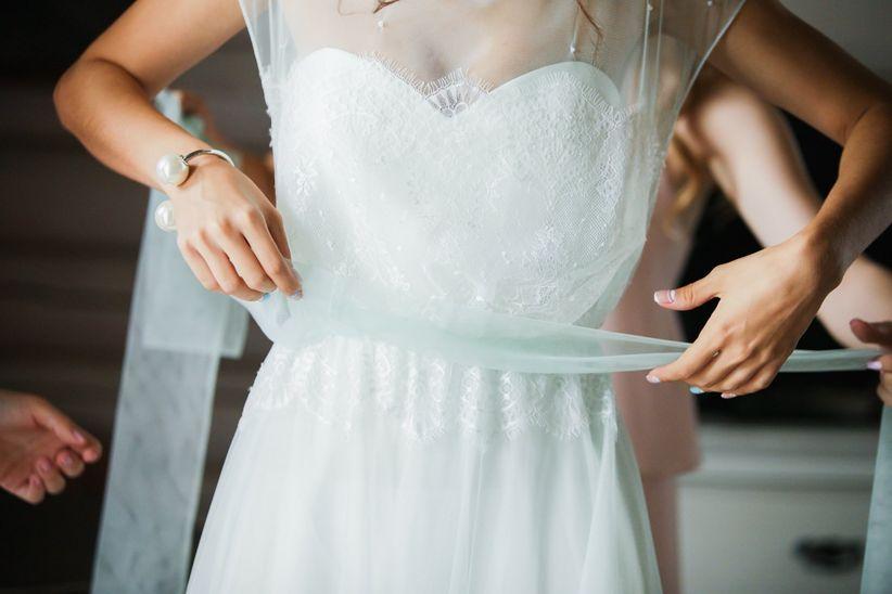 56d54393bee6 Vi state tenendo in forma per il fatidico giorno in cui direte di sì e per  essere ancora più belle nel vostro abito da sposa  Meglio non vanifichiate  quello ...