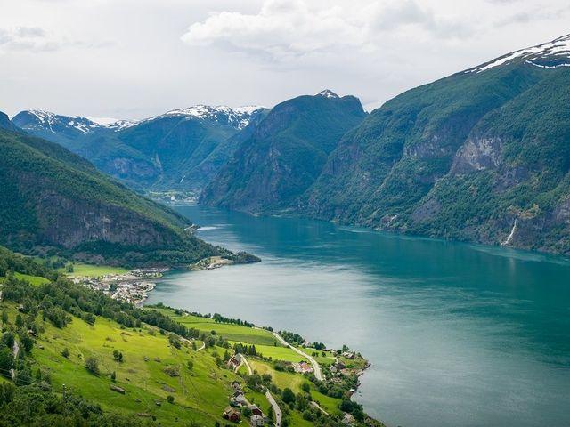 Una luna di miele alternativa tra i paesaggi incontaminati della Norvegia