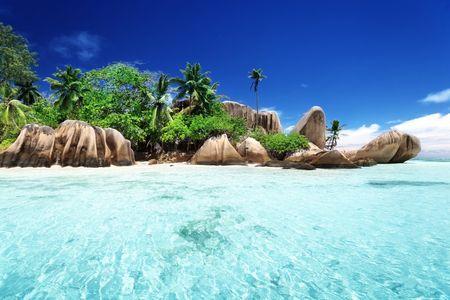 Luna di miele alle Seychelles: quando il relax si tinge dei colori della natura