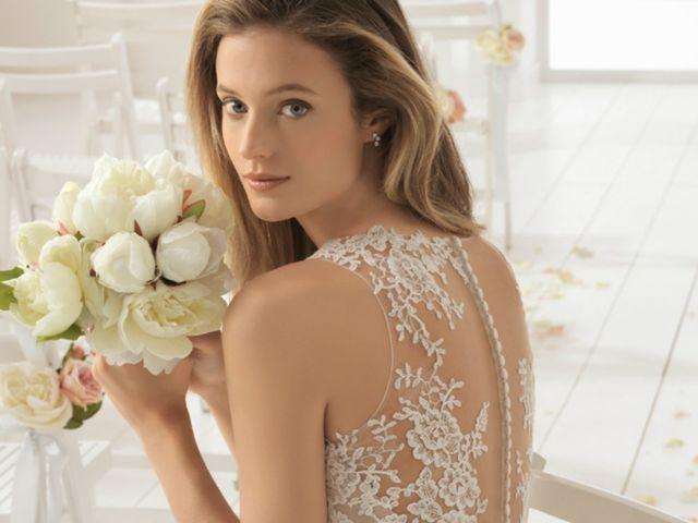 Abiti da sposa Aire Barcelona e Aire Beach Wedding 2018: sensuali sirene e romantiche principesse