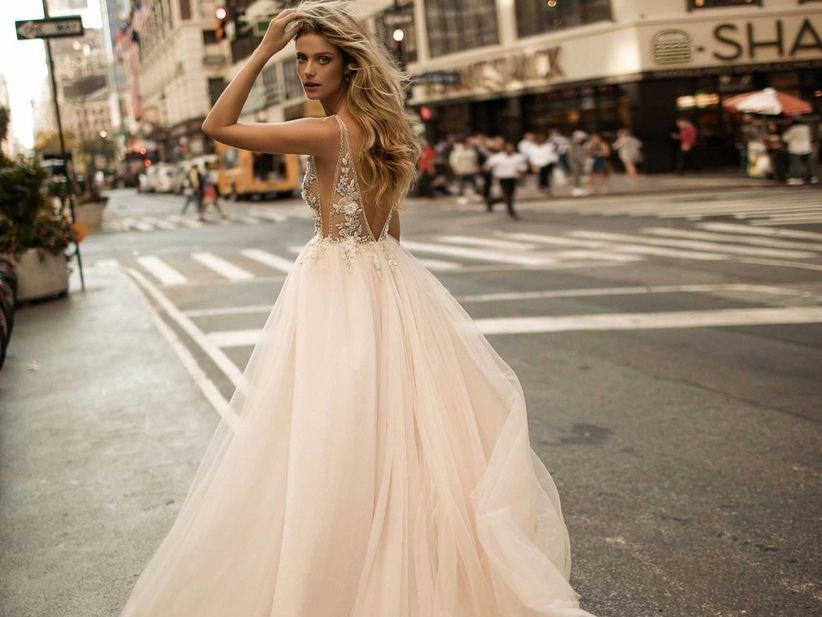 Abiti da sposa 2018  tutte le tendenze dal mondo bridal 7d7eb7d8fef