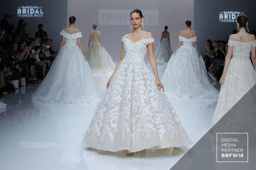 a767993174c0 Abiti da sposa Demetrios 2019  un sofisticato design per un look da ...