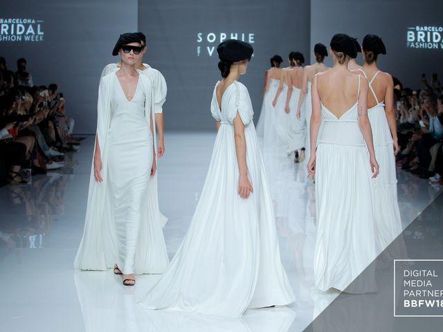 Abiti da sposa Sophie et Voilà 2019: la perfezione delle geometrie