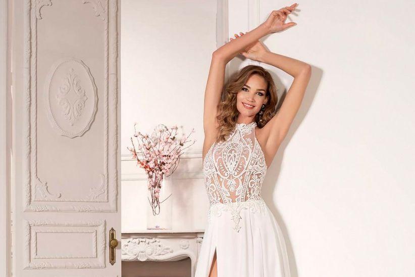 e11697c4eca9 40 abiti da sposa con corpetti trasparenti per un look super sensuale