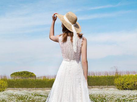 Accessori di nozze: 7 spose per 7 cappelli