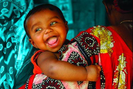"""UNICEF Italia lancia la nuova collezione di Bomboniere solidali """"Friendly"""""""