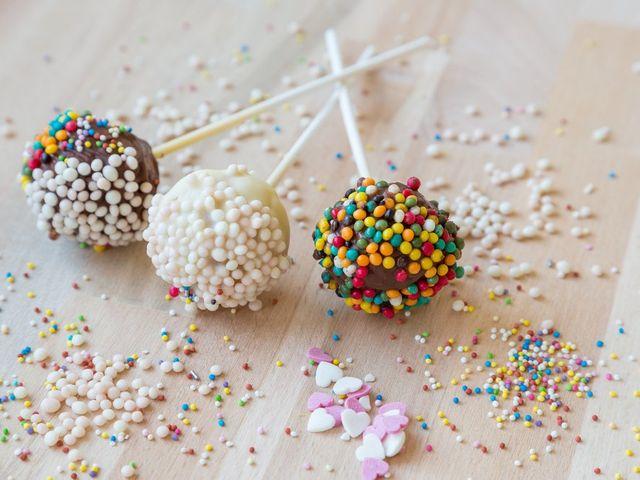Provate anche voi a fare i cake pops per il vostro matrimonio!