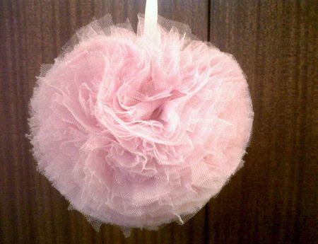 Pompon di tulle per decorare le tue nozze