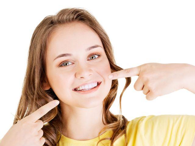 Sbiancare i denti per il giorno delle nozze