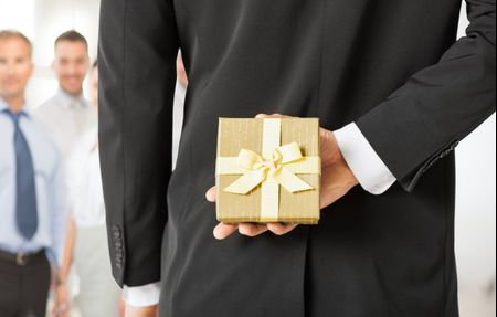 Inviti e regalo di matrimonio a datore di lavoro e colleghi