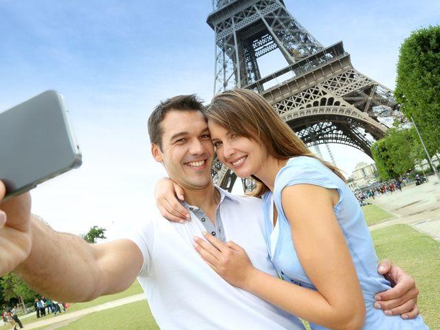 Luna di miele romantica a Parigi