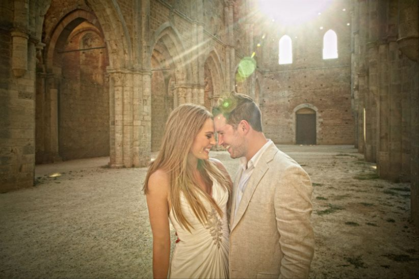 Matrimonio Lusso Toscana : Matrimonio di lusso irlandese in abbazia toscana
