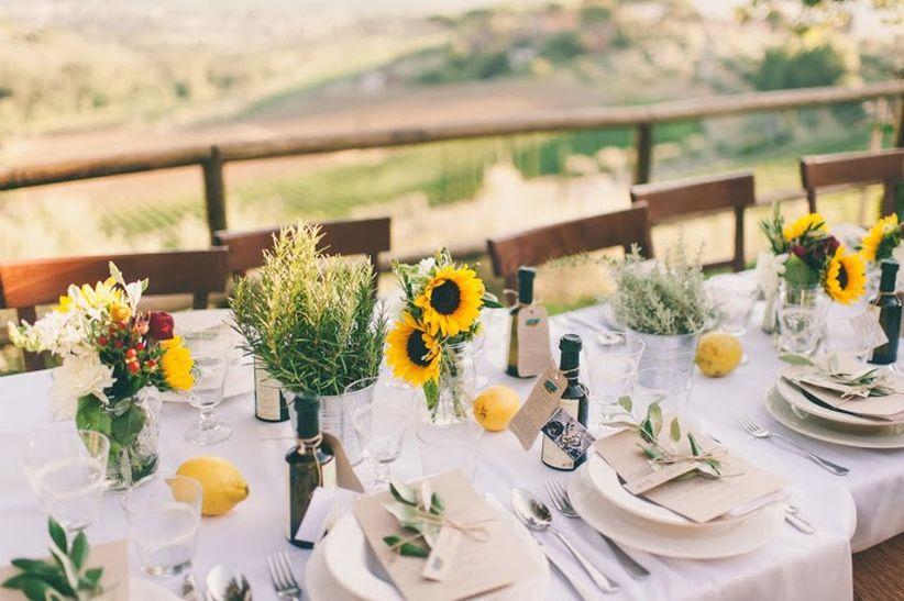 Matrimonio Tema Toscana : Il matrimonio rustic chic di angela e brian in toscana