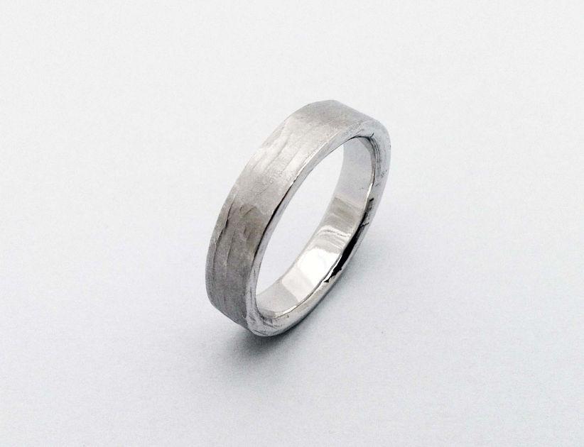 Amato Fedi nuziali e anelli di fidanzamento non convenzionali KX55