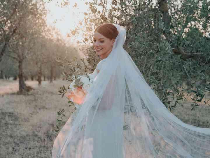 Quale Acconciatura Da Sposa Scegliere Con Il Velo