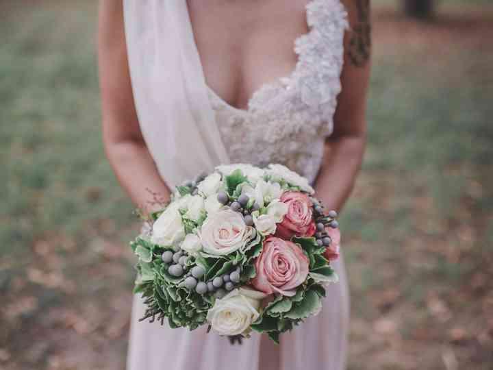 Bouquet Sposa 2018 Blu.Bouquet Sposa Stili E Tendenze Per La Vostra Poesia Tra Le Mani