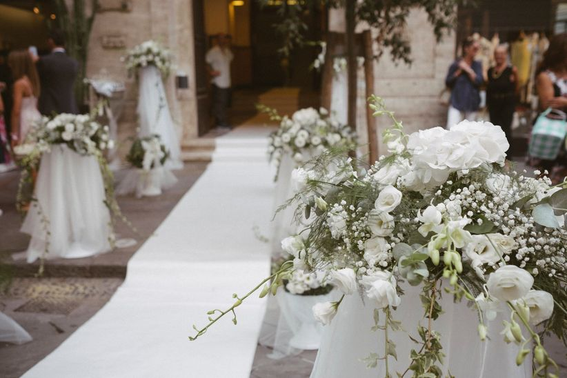 Tema Matrimonio Total White : Elementi imprescindibili per un matrimonio total white in