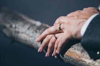 Curiosità: perché la fede nuziale si porta nel quarto dito?