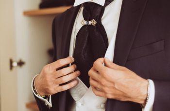 Cravatta o lavallière: cosa scegliere per l'abito da sposo?