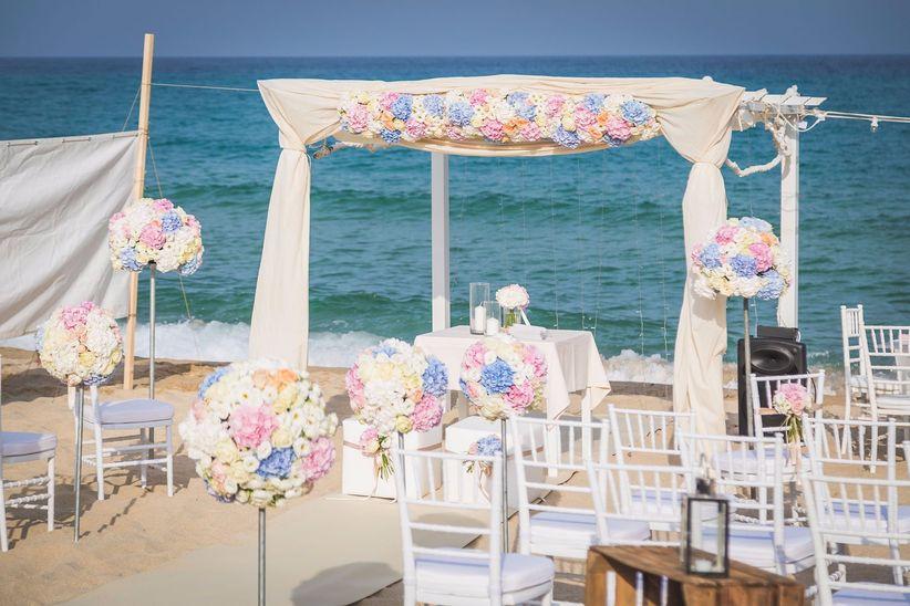 Matrimonio Sulla Spiaggia In Italia : Celebrare la cerimonia civile in spiaggia in italia si può
