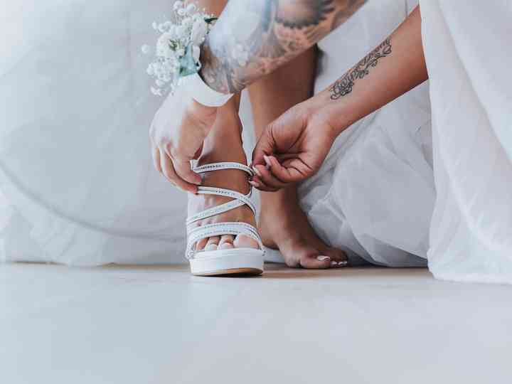 Sandali gioiello: un must per un look scintillante