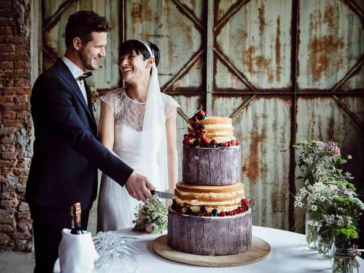 6 tradizioni sulla torta nuziale che non sapevate