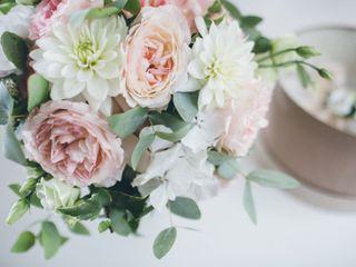 L'allestimento per le vostre nozze romantiche con le peonie
