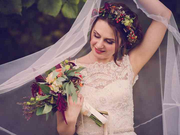 Bouquet Sposa Tradizione.Il Bouquet Da Sposa Una Tradizione In Continua Evoluzione