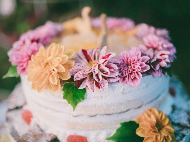 Flower cake mania: 4 consigli sulla scelta dei fiori per la vostra torta nuziale