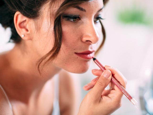 6 prodotti di bellezza indispensabili per piccoli ritocchi il giorno delle nozze