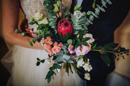 Bouquet nuziale d'autunno: 50 idee per una stagione dall'animo sognante