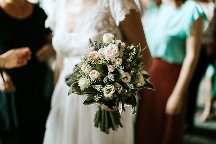Bouquet Sposa Economici.Fiori Di Matrimonio Low Cost Ecco 5 Consigli Per Risparmiare