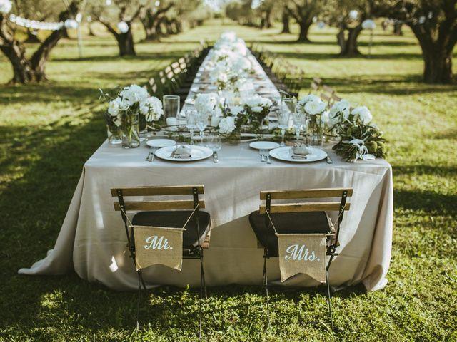 Numerare o nominare i tavoli del banchetto? Pro e contro sulla scelta di numeri e nomi