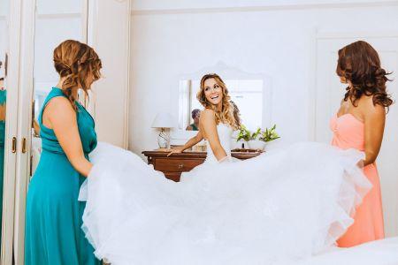 Il glossario dei tessuti per gli abiti da sposa: riconoscerete il vostro?