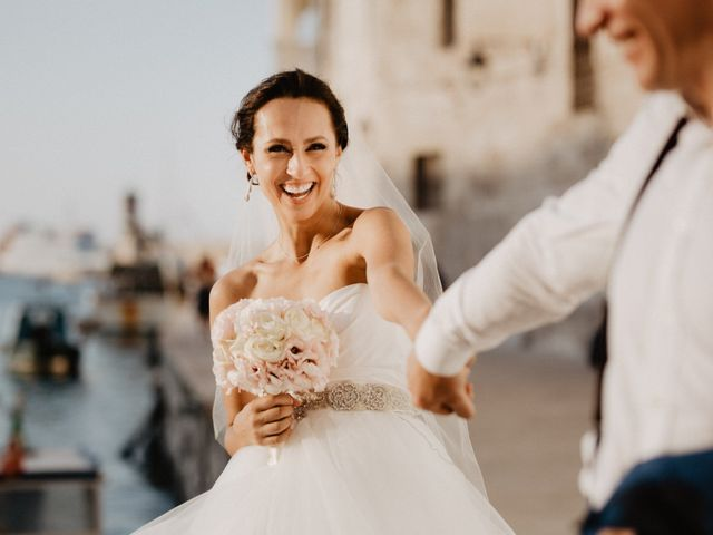4 consigli per la prova dell'abito da sposa... senza stress!