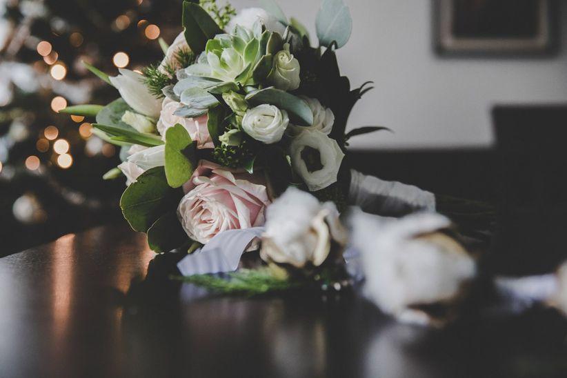 Auguri Matrimonio Non Presenti : Le 15 frasi più belle per i 25 anni di matrimonio: rivivete ogni
