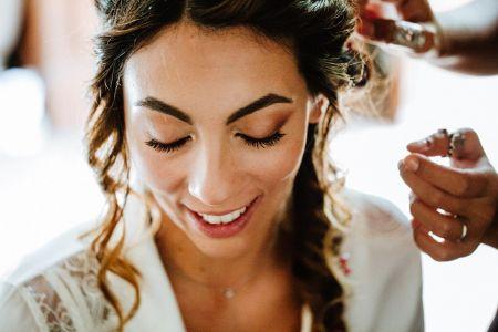 Come scegliere la base adatta del trucco sposa in base al sottotono della pelle?