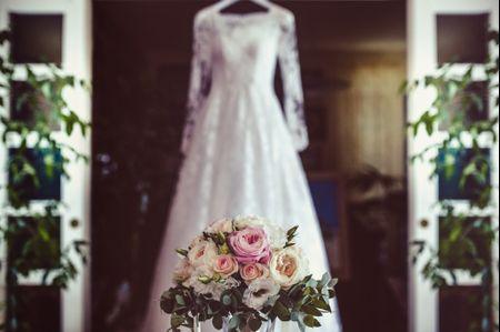 5 modi per scegliere il bouquet da sposa in base all'abito