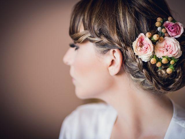 Cosa scegliere per i capelli? 6 ispirazioni da abbinare all'abito e all'acconciatura