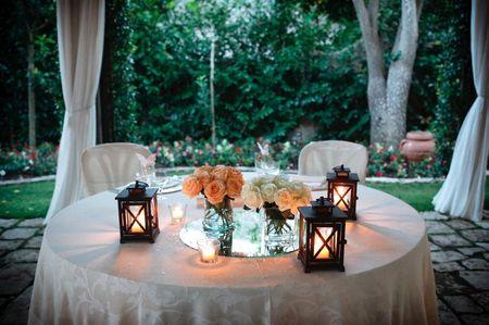 25 idee per la decorazione del tavolo degli sposi