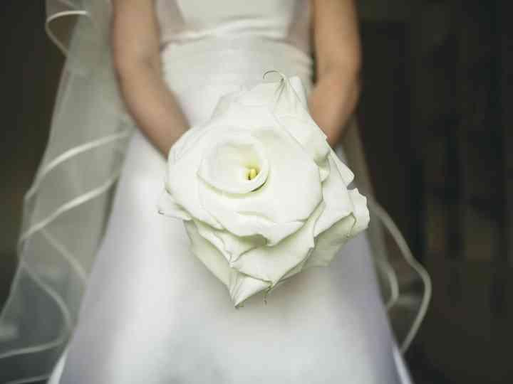 Bouquet Sposa Unica Rosa.One Flower Bouquet Un Solo Fiore Non Per Tutte