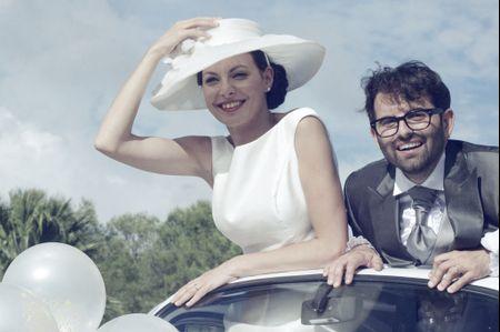 Cappello e guanti per la sposa chic