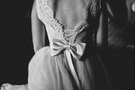 Romantici abiti da sposa 2017 con fiocco