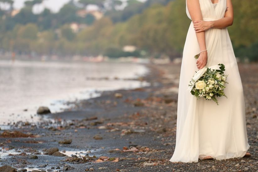 Immagini Indelebili Studio Fotografico. Quale abito da sposa indossare per  ... 3203dd76ad8