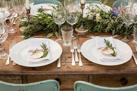 Decorazioni con l'ulivo: un modo originale per decorare le nozze in modo semplice ed essenziale