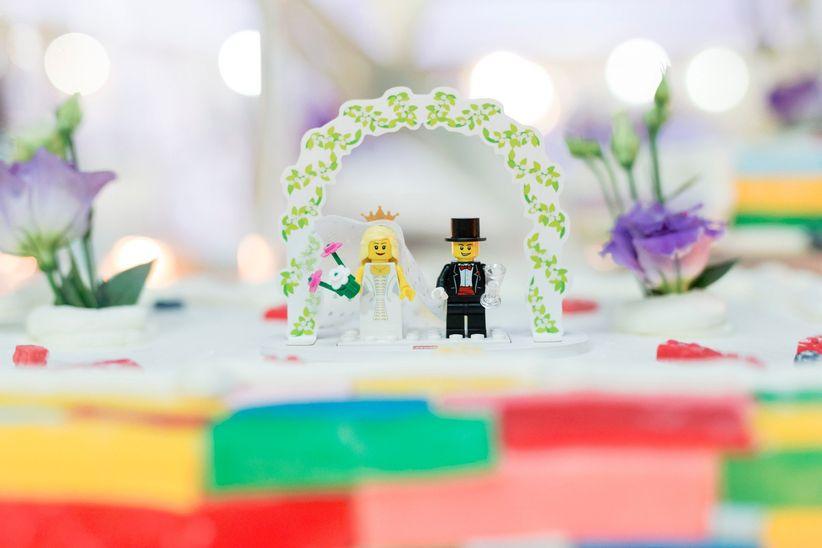 Matrimonio Tema Lego : Cake topper per la torta nuziale le figure più originali